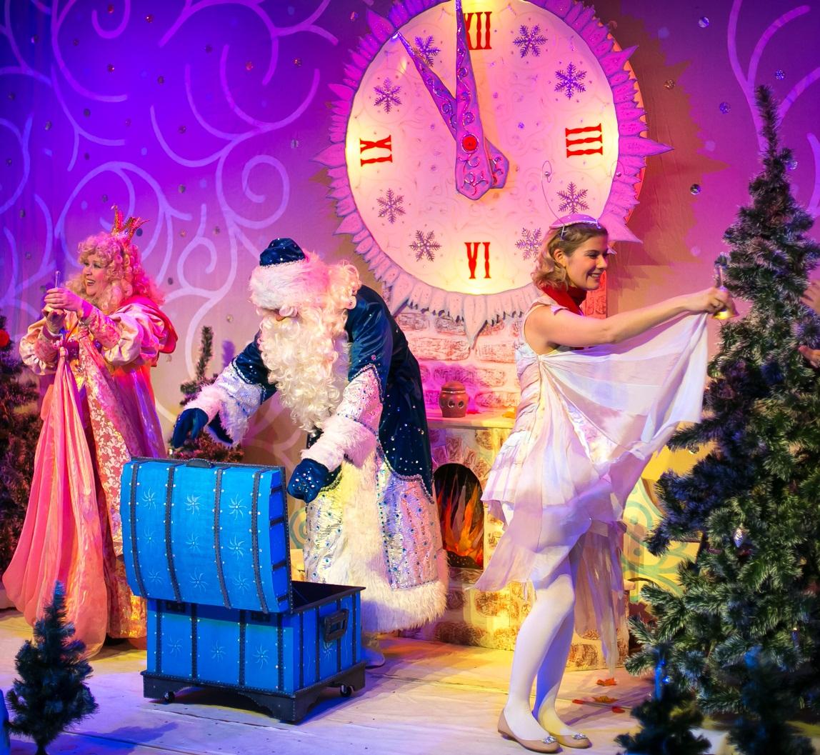 Театр кукол новогодние билеты в екатеринбурге как заказать билеты в театр минск