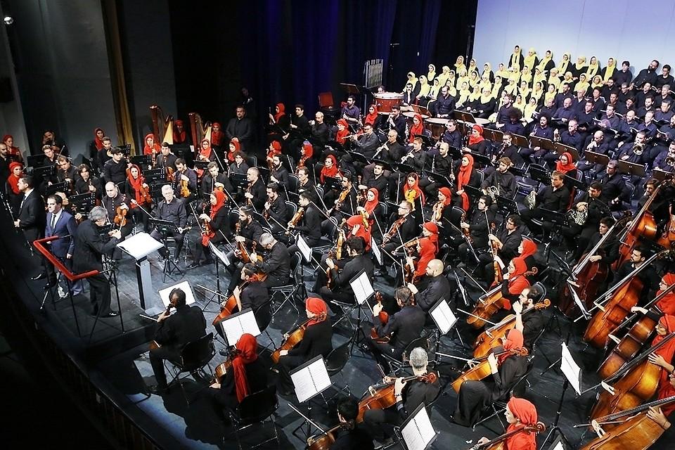 Симфонический оркестр на крыше в Иркутске