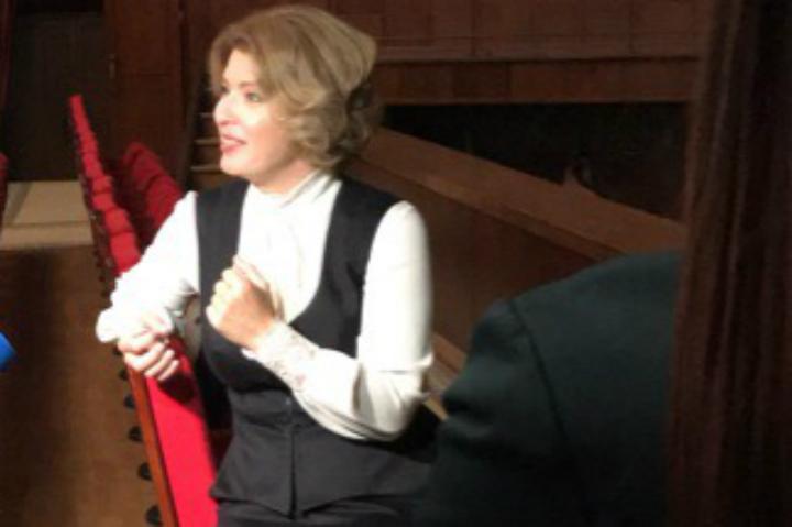 Ксения Раппопорт и и Полина Осетинская представили спектакль «Неизвестный друг» в Иркутске