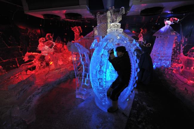 Ледяные скульптуры в Москве 2019 картинки