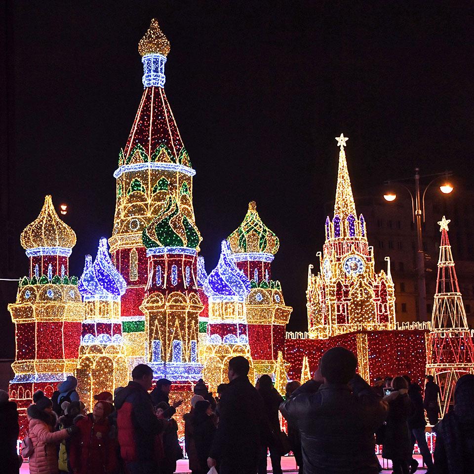 Иллюминация в Москве к Новому году 2019