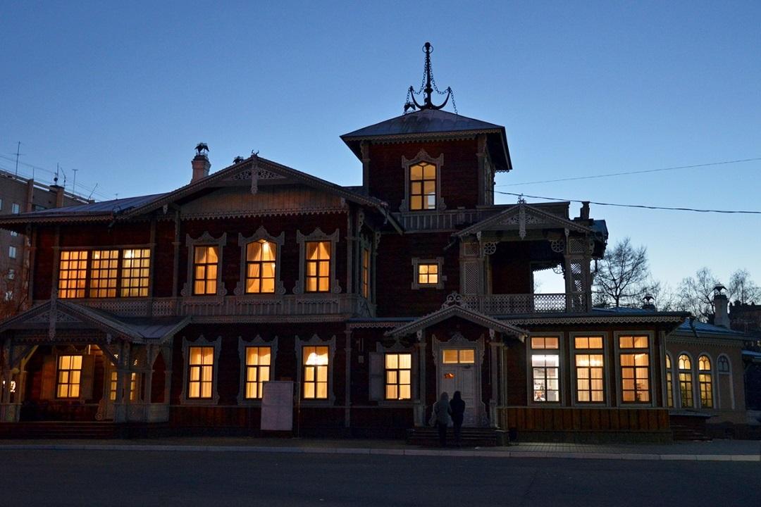 Ночь музеев в Иркутске 2019 : гусли, броши, стихи, квесты, перформансы и дискотека