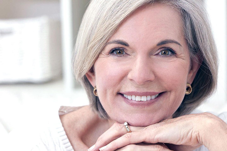 Фото красивых женщин за 60, Зрелые голые женщины 40-60 лет: старые, но не 25 фотография