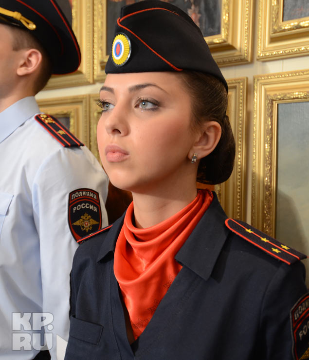 Женское платье полиции каталог