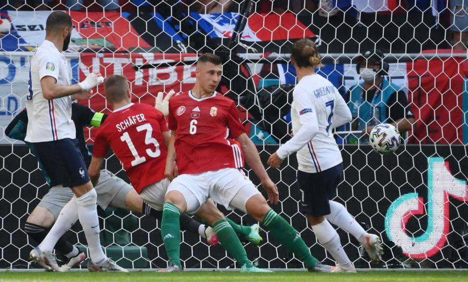 Гол Антуана Гризманна спас Францию от поражения в матче с Венгрией. Фото: Reuters