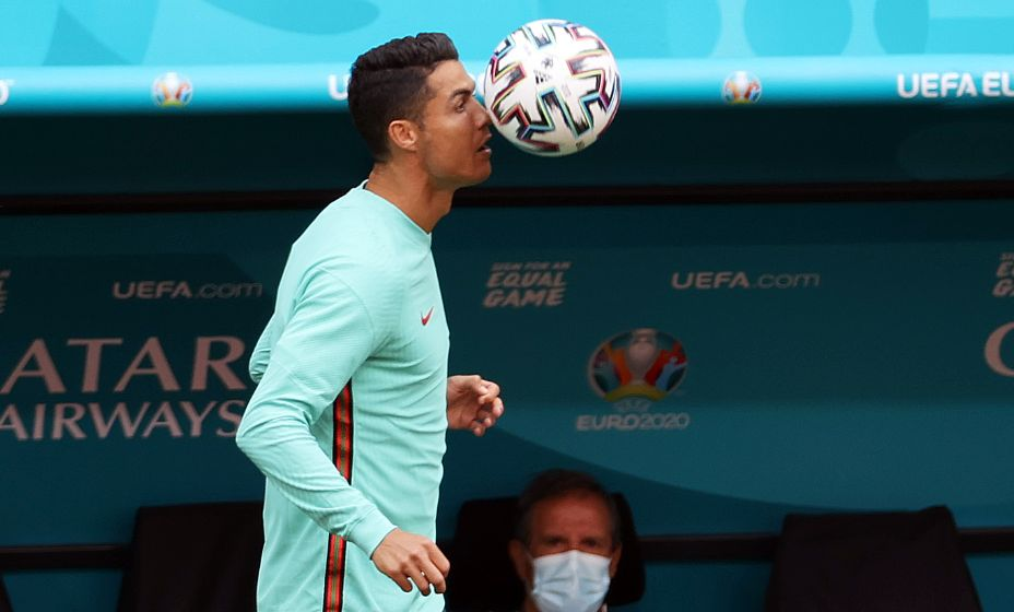 Перед первым матчем на Евро-2020 Криштиану Роналду попал в забавную ситуацию. Фото: Reuters