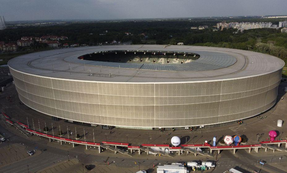 Так выглядит стадион во Вроцлаве, где Польша играет с Россией. Фото: Reuters