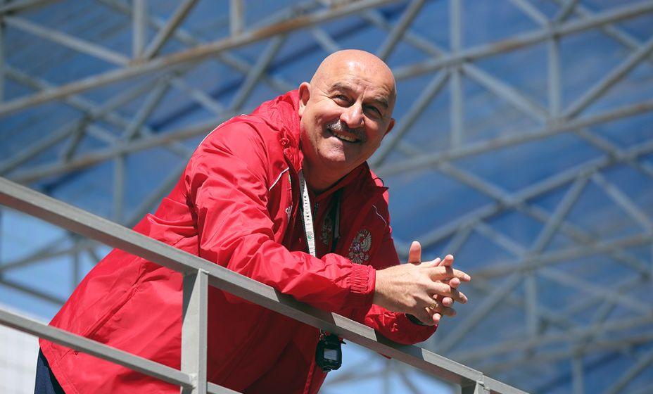 Станислав Черчесов доволен тем, как проходит подготовка сборной к Евро-2020. Фото: РФС