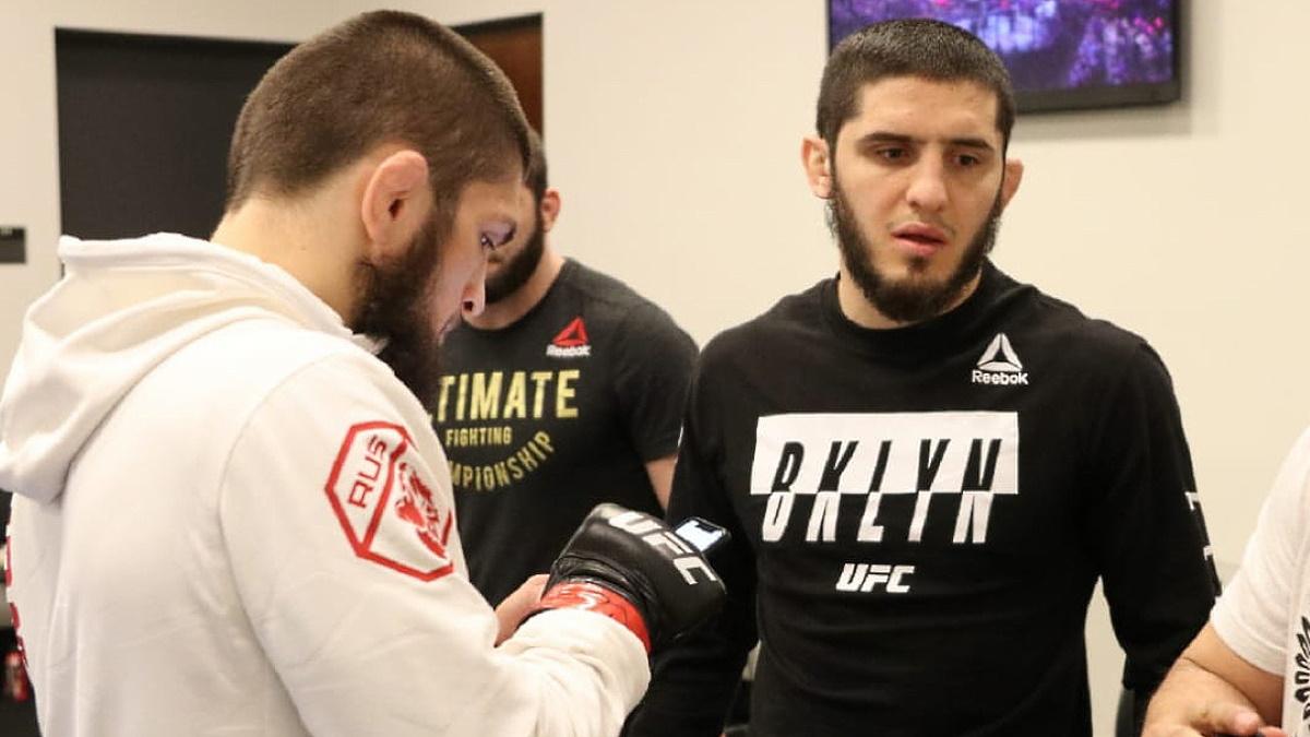 Ислам Махачев провел свой второй бой за 2021 год. Фото: UFC