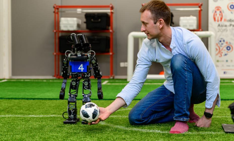 Россия выиграла чемпионат мира по футболу среди роботов. Фото: Официальный сайт МФТИ