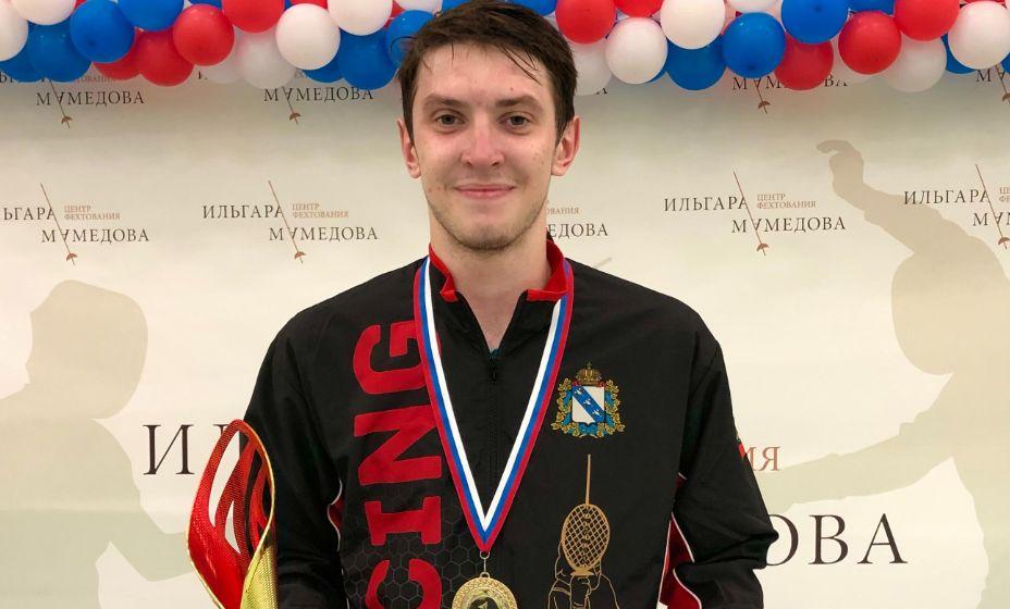 Рапирист Владислав Мыльников старается проявить себя на Олимпиаде. Фото: rusfencing.ru